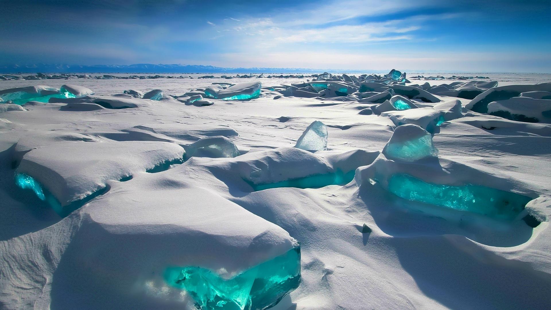 siberia-lake-baikal-cover-snow-tains-turquoise-ice-desktop